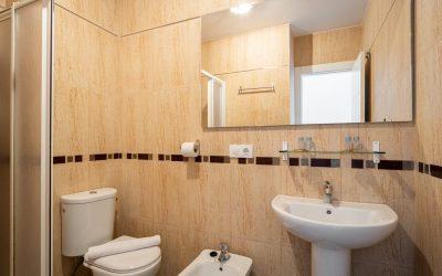 PA Apartamento Cádiz baño ducha