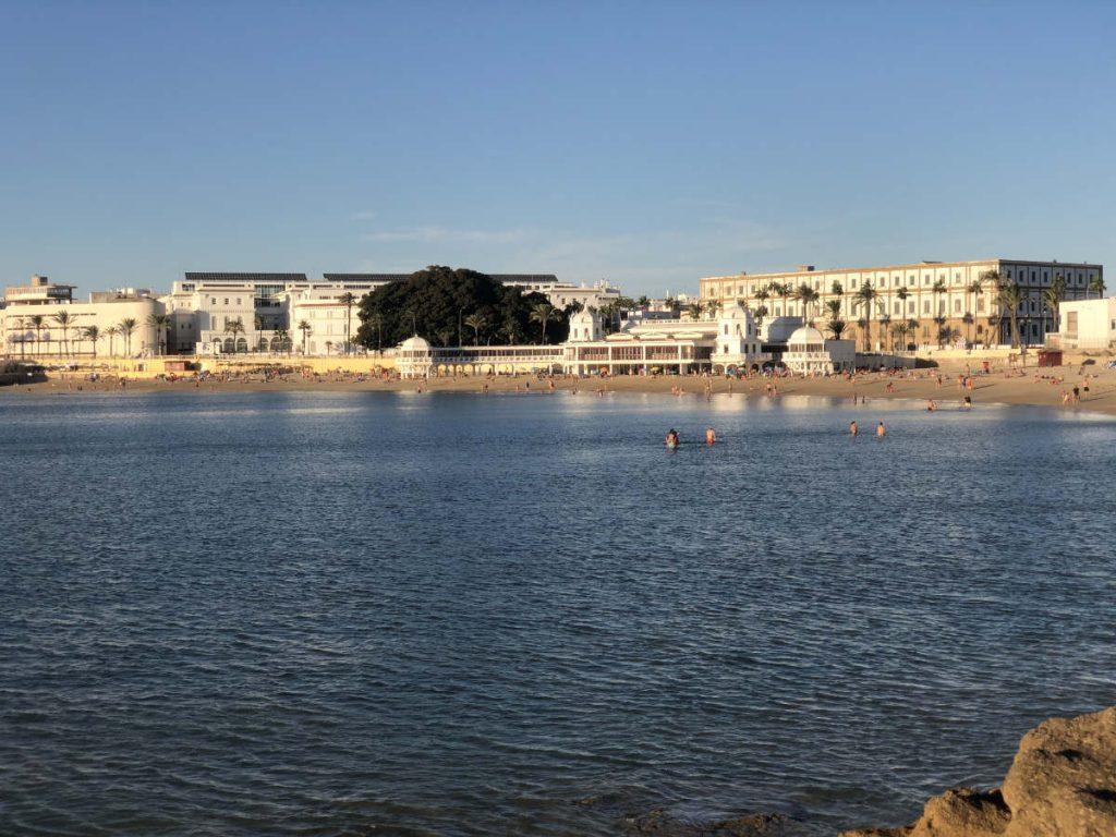 Apartamentos en Cádiz - la playa de La Caleta
