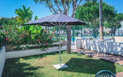 RC Apartamentos Chiclana jardín bajo terraza