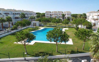 RC Apartamentos Chiclana piscina residencial