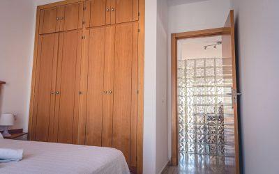 RC Apartamentos Chiclana dormitorio cama doble