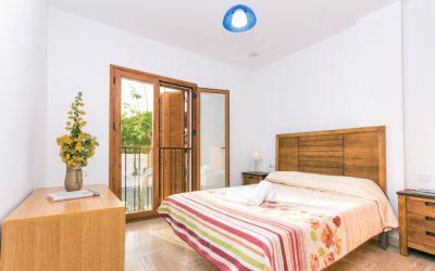 RC Apartamentos Chiclana cama doble principal